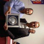 Alfio Conti premiato dal componente nazionale D'Anna